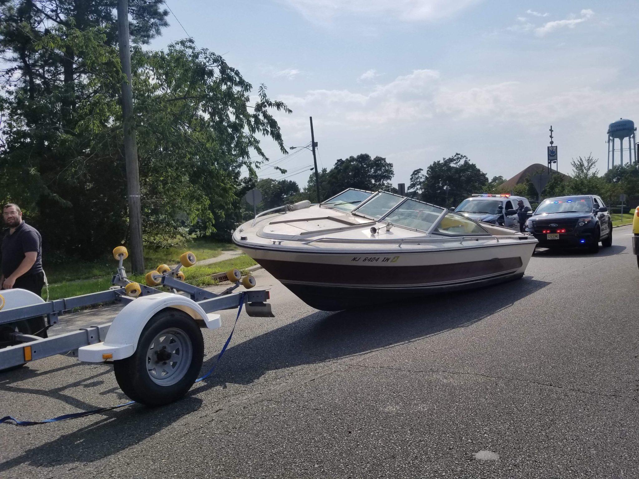 Beachwood: Boat off the Trailer!