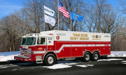 TOMS RIVER: Working Commercial Fire