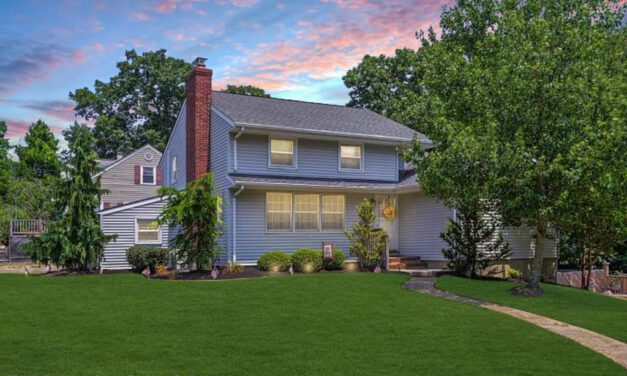 TOMS RIVER: Featured Home for Sale!