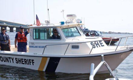 LEH: Boater in Distress