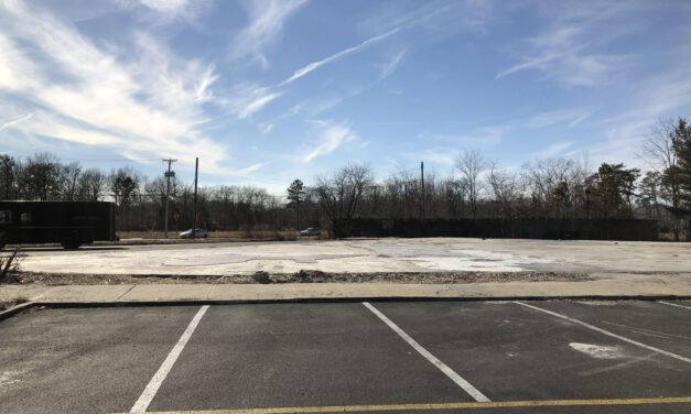 TR: US 9 @ Cox Cro- Ocean National Plaza Demolished
