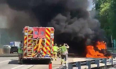 NJTPK Extension: Vehicle Fire on PA TPK Approach