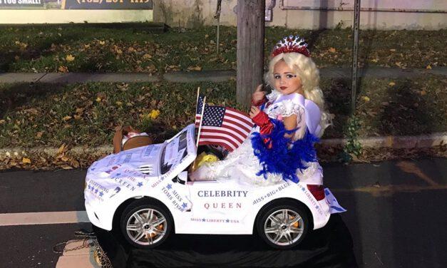 TR Halloween Parade: Junior Miss Liberty
