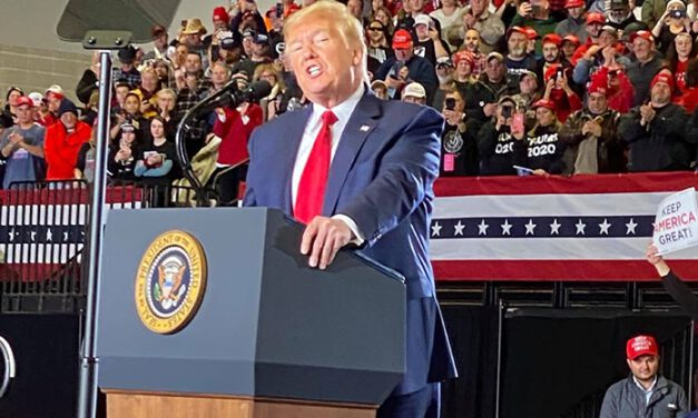 WILDWOOD: President Trump Pumps Up Crowd At South Jersey Rally
