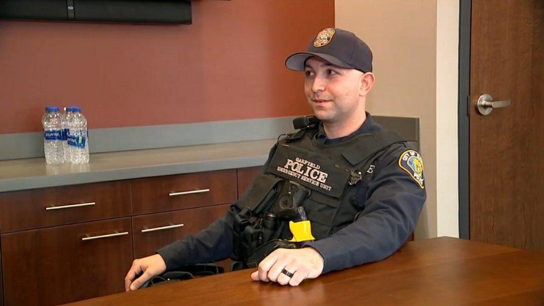 Nj Police Officer Helps Homeless Family Ocean County Scanner News
