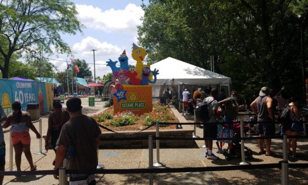 LANGHORNE, PA: Sesame Place Asault