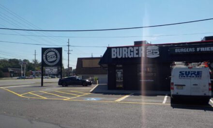 TOMS RIVER: New Burger 25 Opens Today!