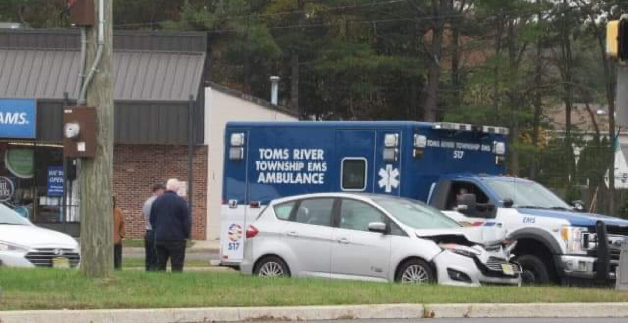 TOMS RIVER: MVA w/ Pictures