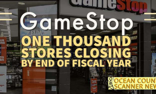 GAMESTOP: 1000 Stores Closing