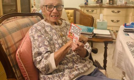 STAFFORD: Anonymous Person Sends Gift Card to Elderly Resident
