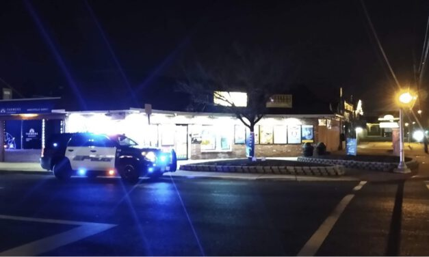 BEACHWOOD: Robbery @ Robin's Convenience Store