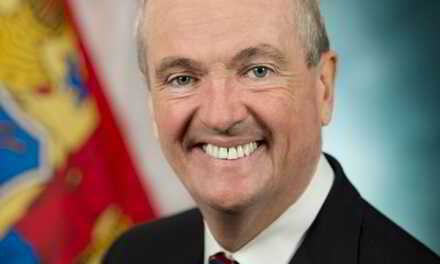 """""""You are the Ultimate Knuckleheads!"""" Phil Murphy Yells Back at Protestors"""