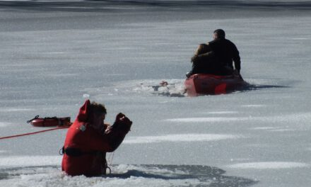 NJ Police Chief Saves Mom and Child That Fell In Icy River