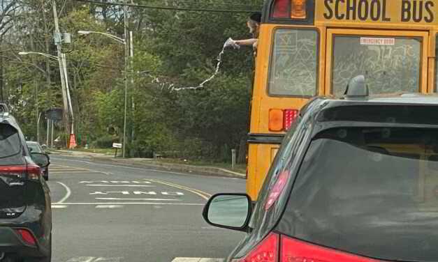 LAKEWOOD: Unruly School Bus Passengers