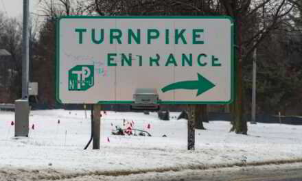 NJTP: Aggressive Driver Using Wrong Turn Signals