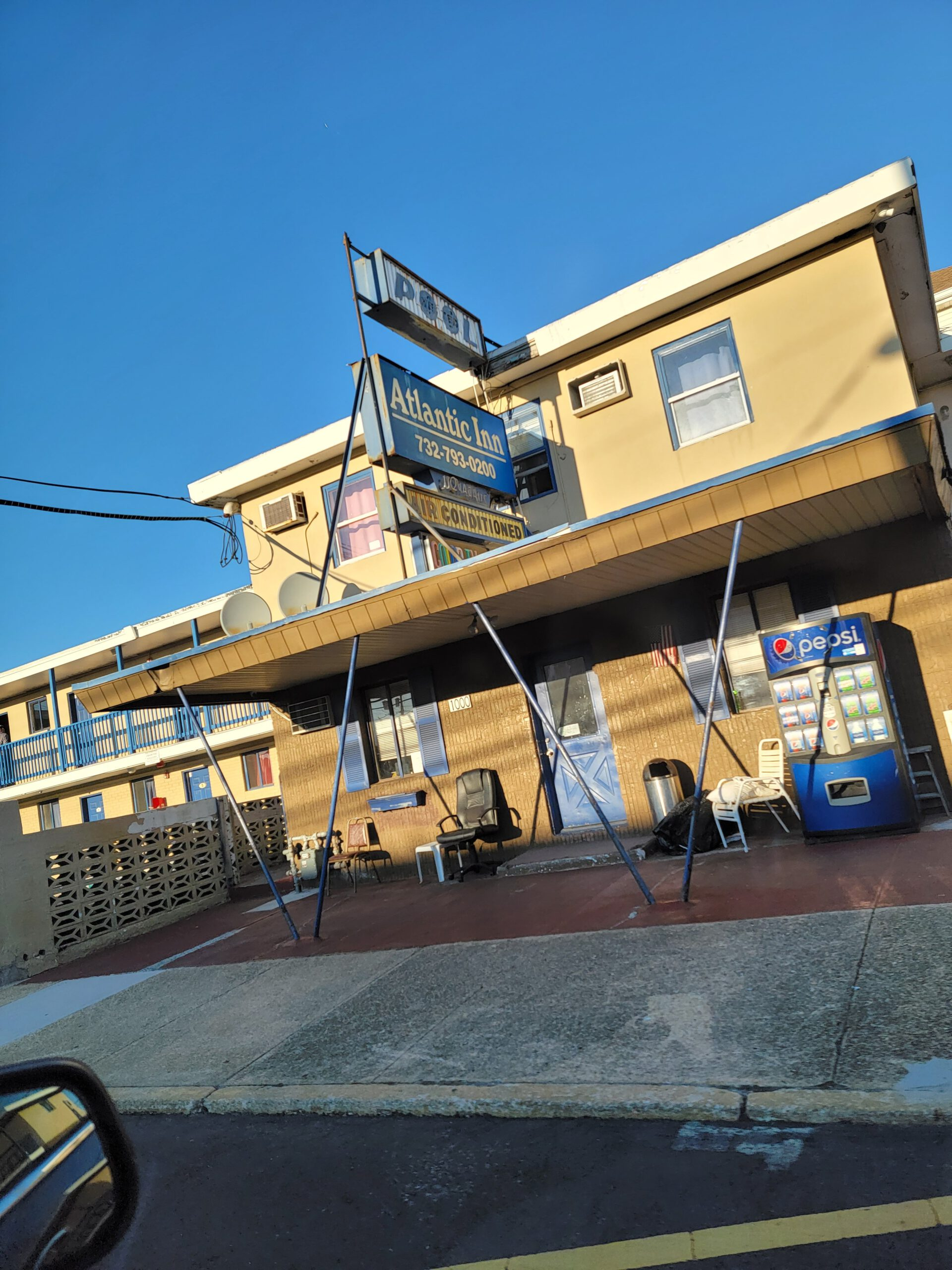 SEASIDE HEIGHTS: TROUBLE AT THE INN