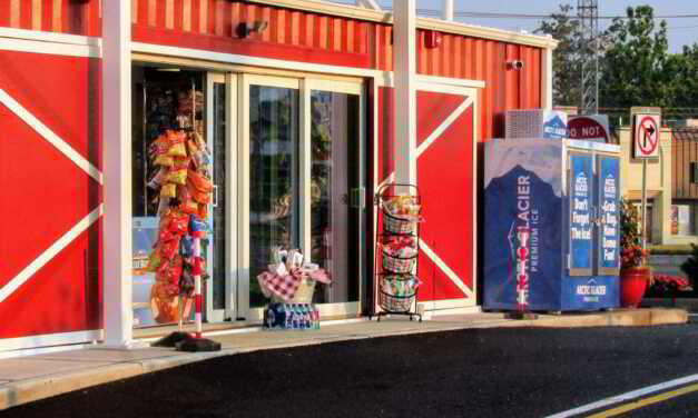 TOMS RIVER: FARM STORES SOFT OPENING